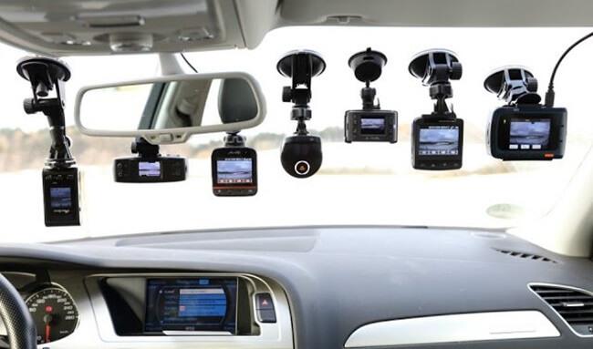 Camera hành trình trên ô tô