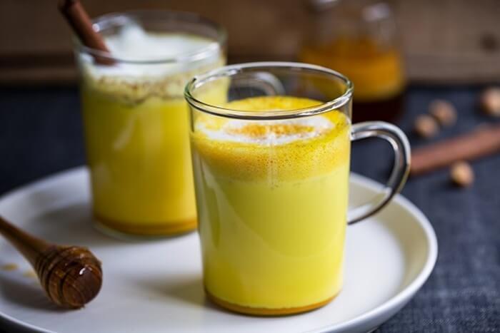 Nên uống tinh bột nghệ sau khi ăn để tăng cân, trị bệnh